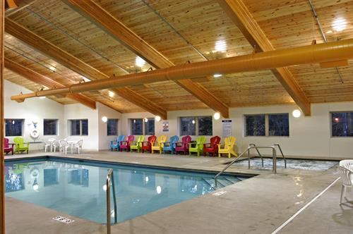 Inn & Suites Pool