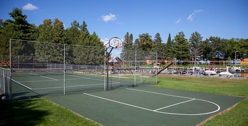 Enjoy yourself at our tennis court, basketball court, playground, volleyball, and horseshoe pits.