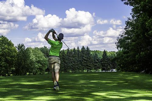 Golf at Canadian Lakes