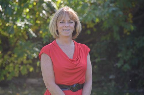 Cyndy Packard, Registered Associate