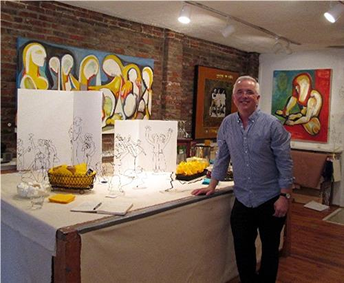 "The wire sculptor Brian Murphy of Boston, at his Trunk Show at PEG ""Champagne Tastes"""