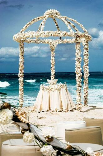 Extraordinary Beach Weddings....
