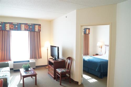 One Bedroom Suite with 1 Queen Bed