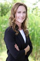 Kayla Storlid, Owner