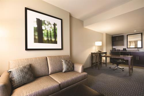 Guest Suite Parlor