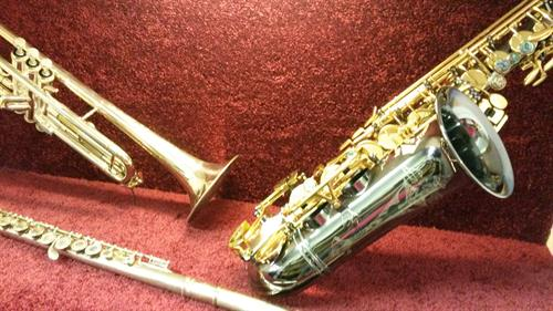 We carry top quality band instruments and accessories for all you or your studnets band and orchestra needs!