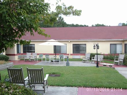 Our facility has a beautiful courtyard for our residents to enjoy