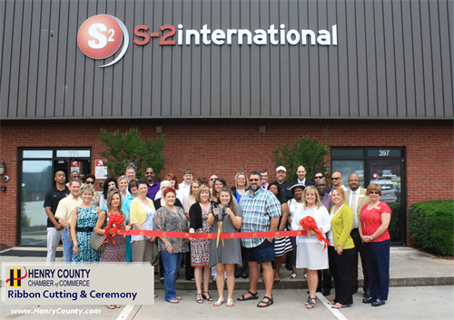 Ribbon-Cutting with the Chamber