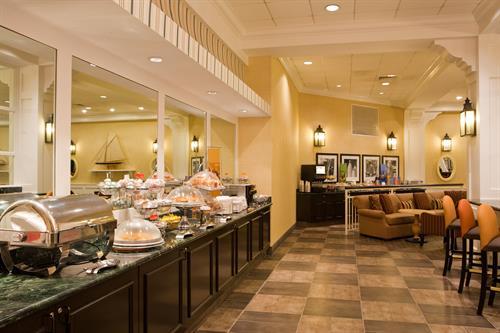 Hampton Inn Boston-Natick Breakfast Buffet