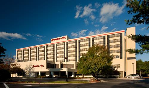 Hampton Inn Boston-Natick Exterior