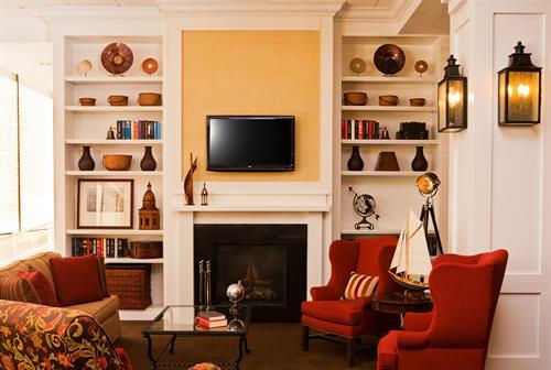Hampton Inn Boston-Natick Fireplace Seating