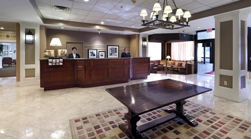 Hampton Inn Boston-Natick Lobby