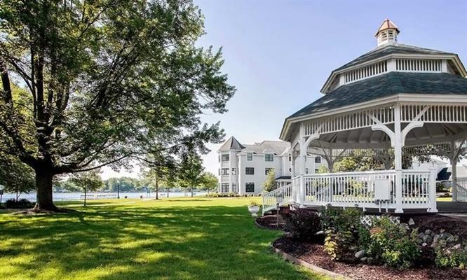 Oakwood Resort LLC