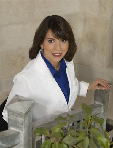 Dr. Odemaris Santiago- Young (Dr.Ode)