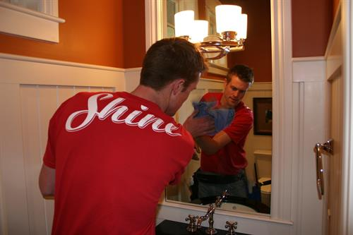 Shine even cleans mirrors!