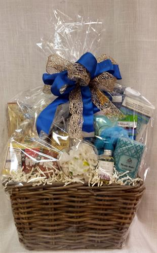 Custom Spa Basket