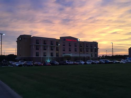 Comfort Suites Hopkinsville - Sunset