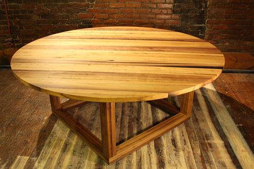"""""""Family Circle"""" Dining Table"""