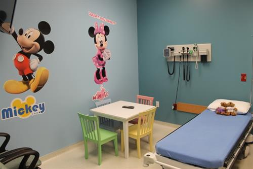 Neighbors Emergency Center - Pediatric Room
