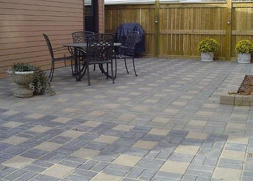 Paving stones, retaining walls and sidewalk blocks