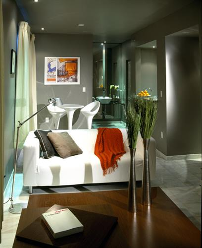 Studio suite lounge