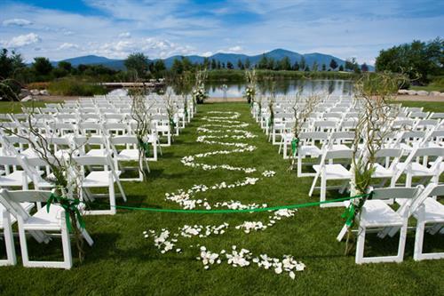 White Resin - Wedding Ceremony