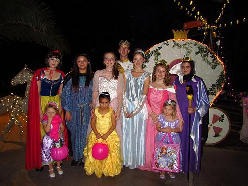 Howl-o-Ween Princesses