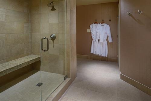 Newly renovated Bathrooms