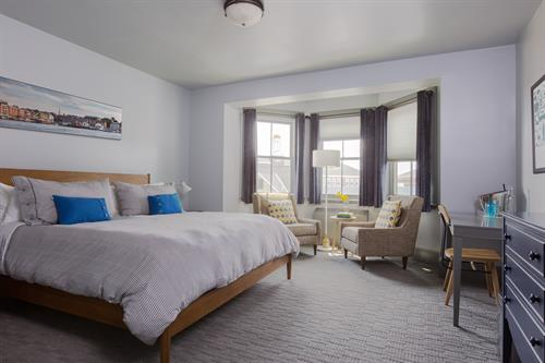 A King Deluxe room, one of our Portsmouth NH accommodations.