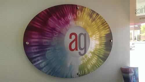 Full color printing on aluminum dibond