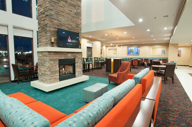Interior guest Lobby area with over 4000 square feet of guest lounging and dining.