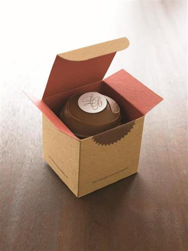 Our customizable favor boxes are perfect for any event