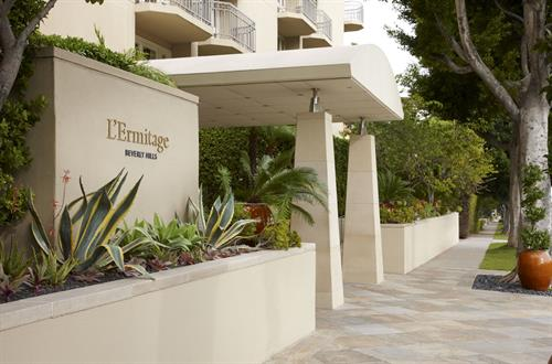L'Ermitage Beverly Hills Entrance