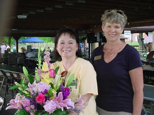 KFAV Random Act of Kindness award winners...Sharon Monzyk & Barb Hellman