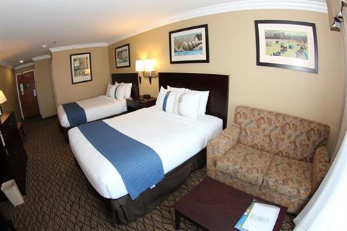 Two Queen Bed Ocean View Room