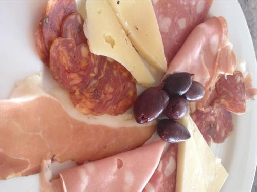 Gallery Image Charcuterie.JPG