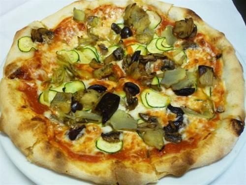 Gallery Image Pizza_della_Nonna.JPG