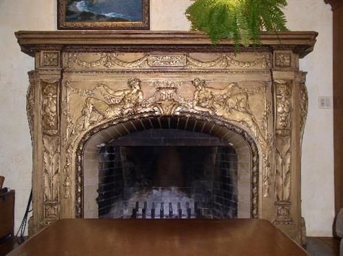 Gallery Image Fireplace_Closeup_SMALL_72_dpi.jpg