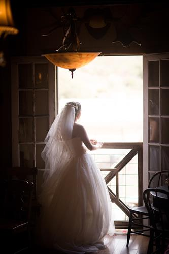 Long Branch Saloon, Wedding Photographer