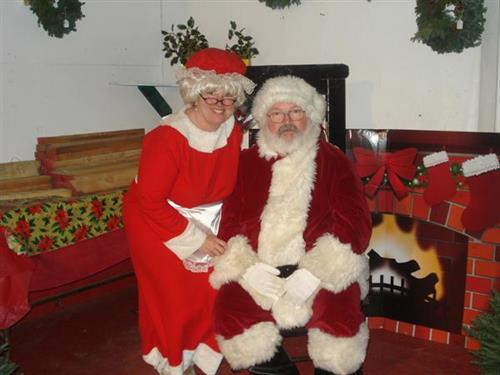 Visits with Santa and Mrs Claus wknds thru 12/15