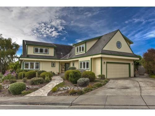 424 6th Ave, Half Moon Bay
