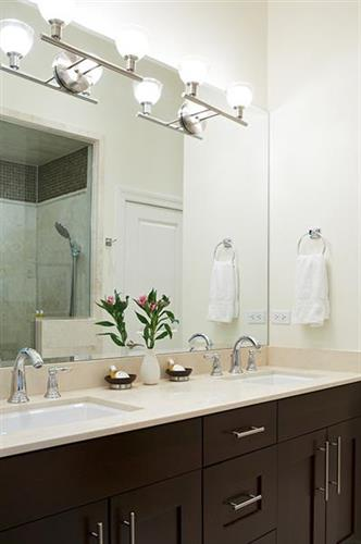 Luxurious bathrooms at The Guesthouse Hotel Chicago