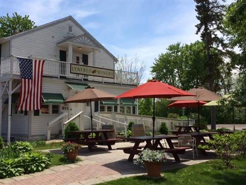 Welcome to Lynfred Winery Wheeling!  Wine Tasting Daily.