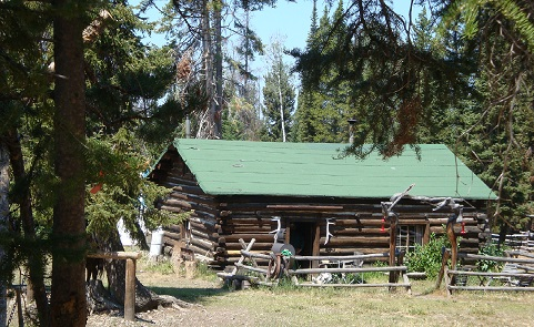 Historic gold miner cabin in the Gros Ventre Mountains