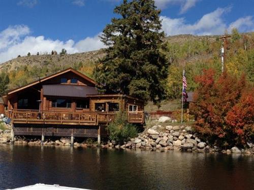 Half Moon Lake Lodge - Fall Colors