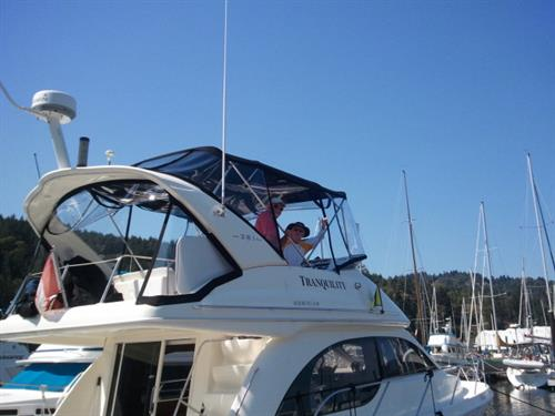 Welcoming visitors and boaters all year round.