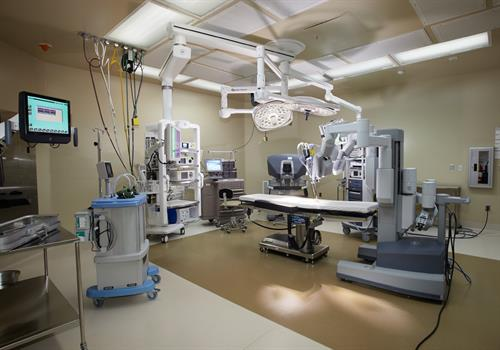 NMC has two robotic-assisted surgical suites for minimally invasive urological, GYN, cardiac and general surgeries.