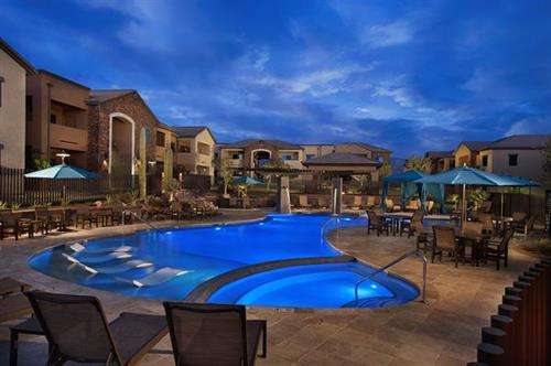 Encantada at Dove Mountain pool