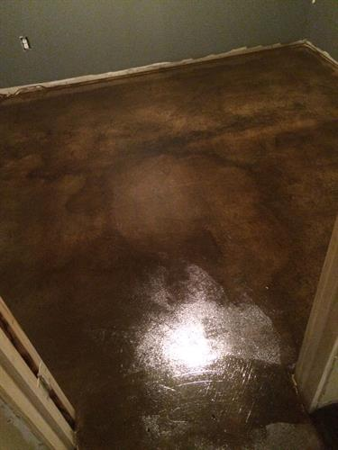 Expresso stain with  a clear coat sealant finish.