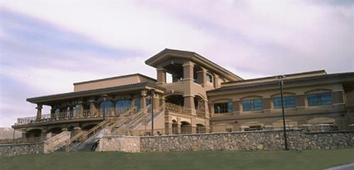 The New Mexico State University Golf Course Clubhouse and Lower Patio offers unique opportunities for a vareity of events, including a beautiful sunset wedding ceremony and reception.